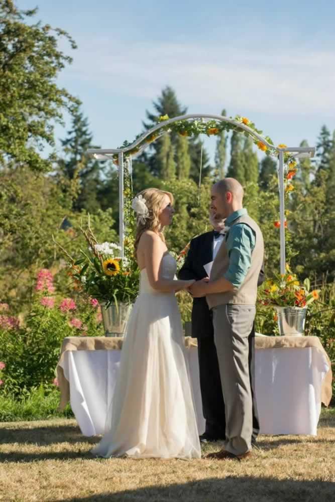 hall-wedding-outdoor-018-1