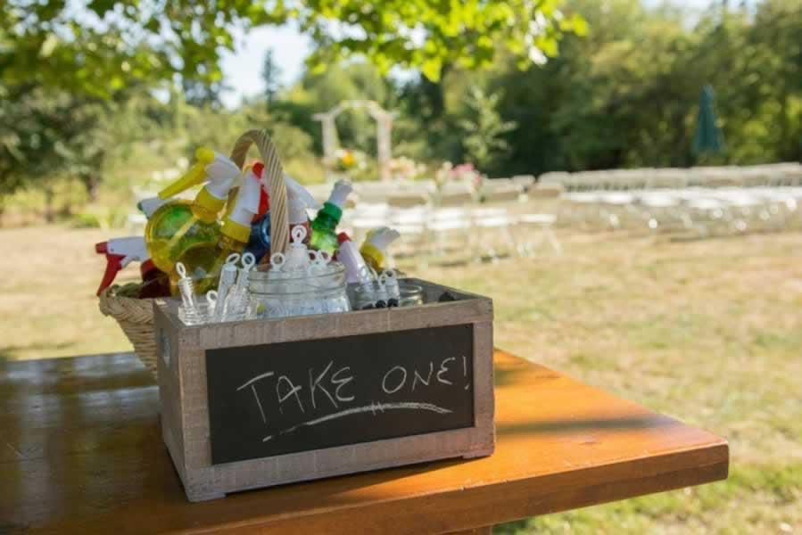 pldca-hall-wedding-favours